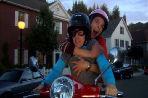 File:Sheldon rides with Howard.jpg