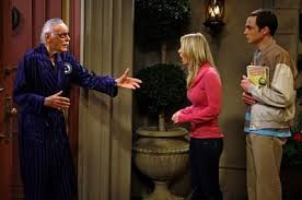 File:Stan Lee at his door.jpg