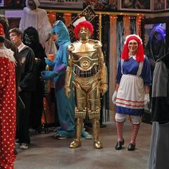 Raggedy Ann and Raggedy C3PO.
