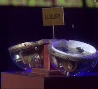 Luxurybomb