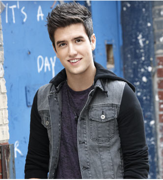 Plik:Logan.png