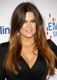 Khloe-Kardashian-Sleek-Long-Straight-Hairstyles-2013