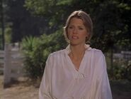 The.Bionic.Woman.S03E01.DVDrip.XviD-SAiNTS.avi 002595920