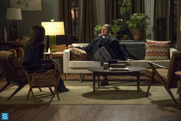 File:The Blacklist - Episode 1.11 - The Good Samaritan Killer - Promotional Photos (5) 595 slogo.jpg