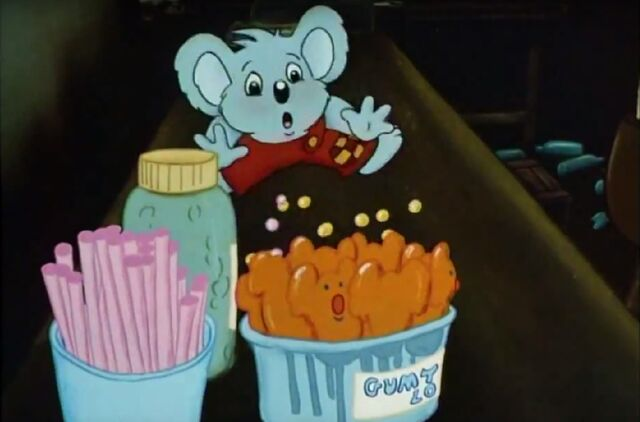 File:Blinky Bill mischievous koala Blinky in miss Pym´s shop .jpg