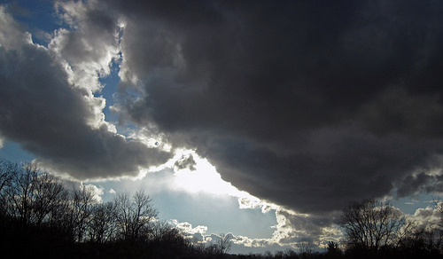 File:Nimbus clouds (central Licking County, Ohio, USA) 1.jpg
