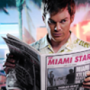 File:Dexter-reading-resized-128.png