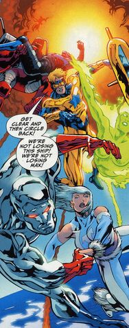 File:Captain Atom-4.jpg