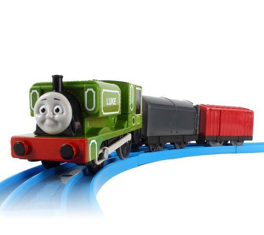 File:Trackmaster Hideaway Luke.jpg