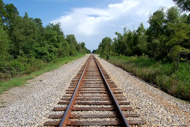 File:Railway Tracks.jpg