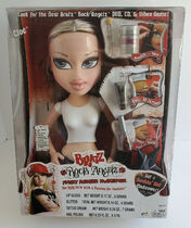 Bratz Rock Angelz Funky Fashion Makeover Cloe