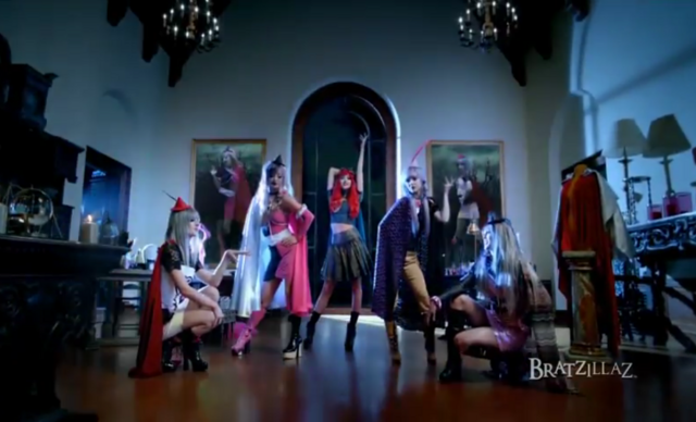 File:Bratzillaz-Girls-Music-Video.png