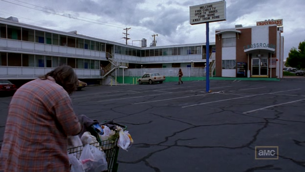 File:1x03 - Motel Crossroads.png