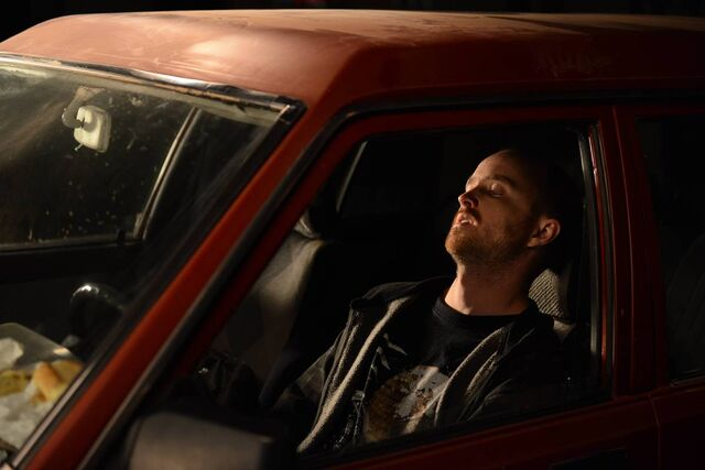 File:5x09 Jesse in car.jpg