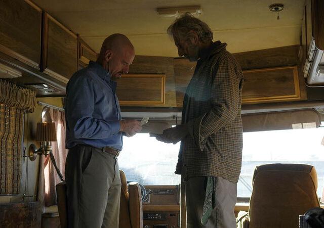 File:Episode-6-Walt-Old-Joe-760.jpg