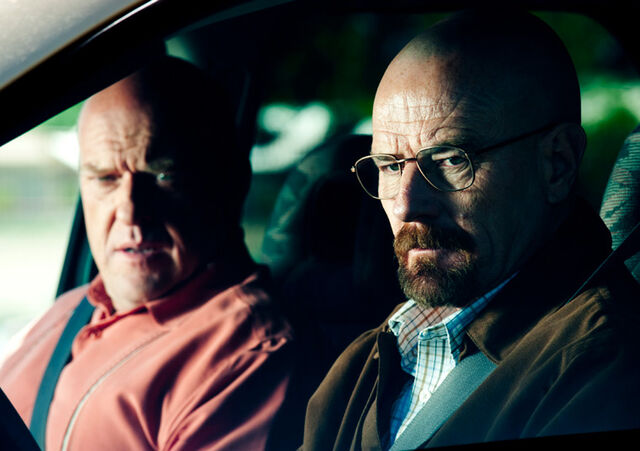 File:Episode-9-hank-schrader-walter-white.jpg