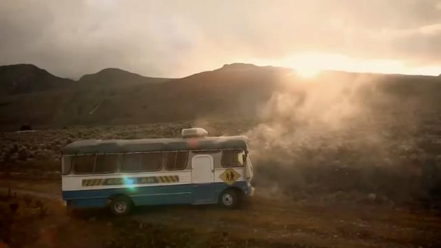 File:Autobus.png
