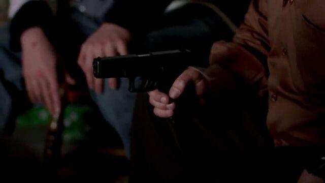 File:1x01 - Hank's Glock.jpg