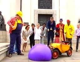 File:Brum Squashes The Balloon Down.jpg