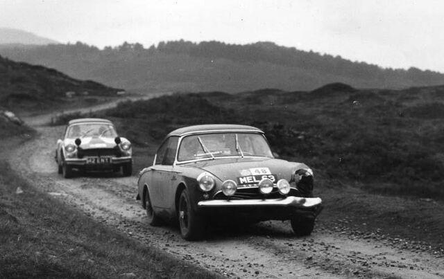 File:Peter pilsworth racing 8.jpg