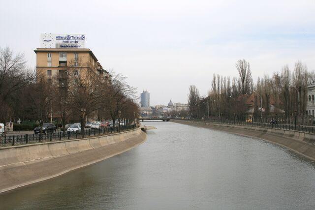 Fișier:Podul Eroilor2.jpg
