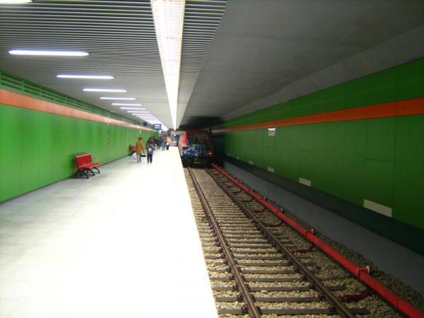 Fișier:Metrou Nicolae Grigorescu 2.jpg