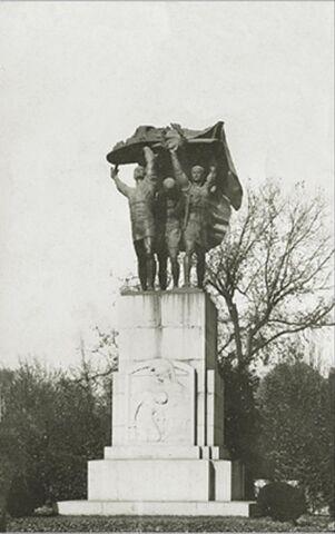 Fișier:Statuia Victoriei de Ion Jalea.jpg
