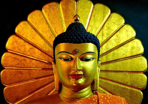 File:Bodhgaya-Buddha-statue.jpg