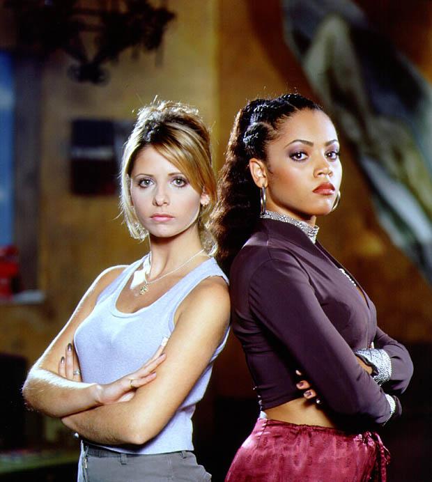Archivo:BuffyKendra.jpg