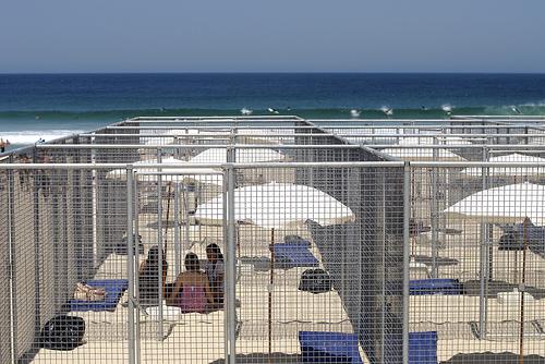 File:Guantanamo-bay-beach-cages.jpg