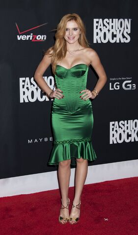 File:Bella Thorne25.jpg