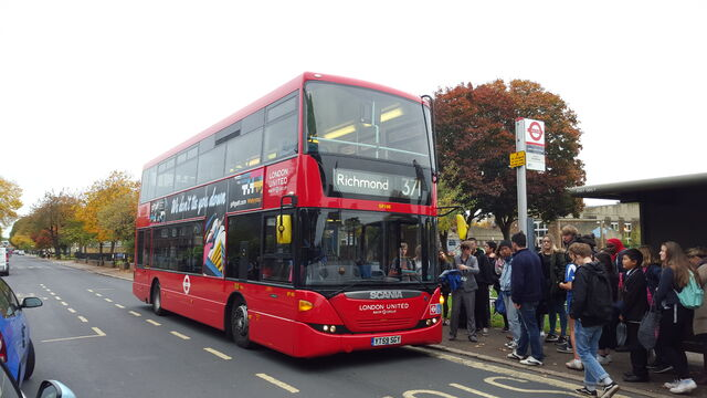 File:London Bus Route 371.jpg