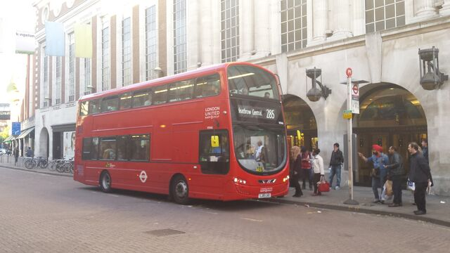 File:London Bus Route 285.jpg
