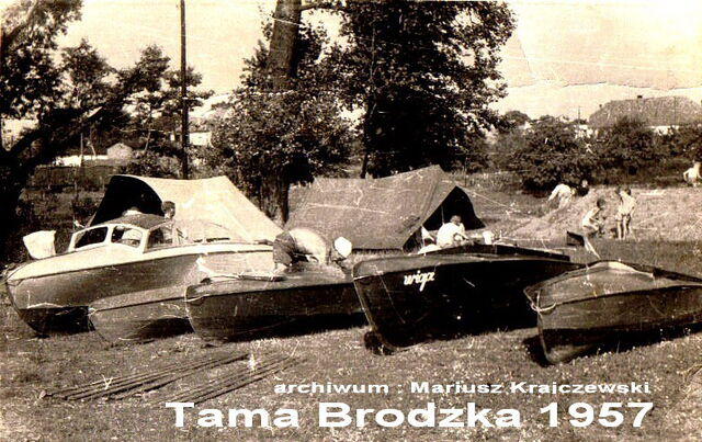 Plik:Tama Brodzka.jpg