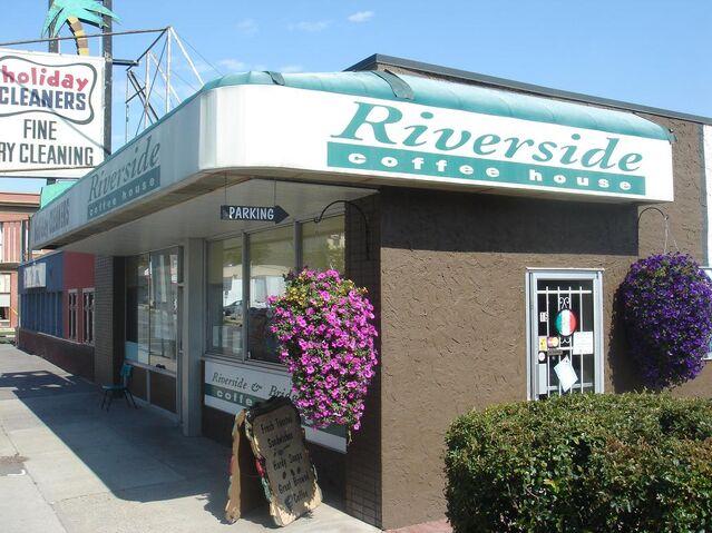 File:RiversideCoffeeHouseStorefront.jpg