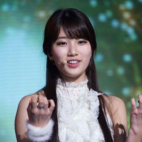 File:Christmas girl bae suzy2.jpg
