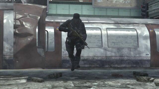 File:Soldier MSR Underground MW3.jpg