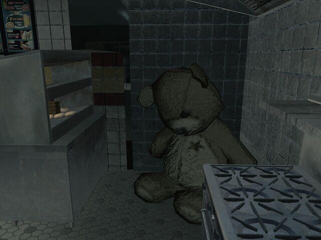 File:Teddy Bear Arkaden MW3.jpg
