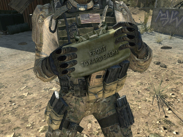File:Claymore 3rd Person MW3.png