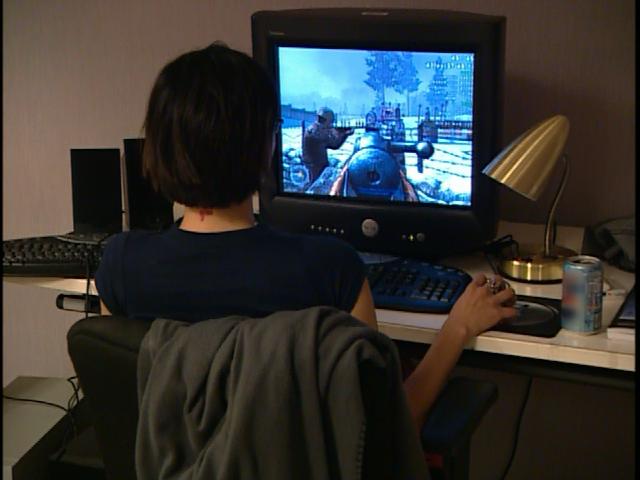 File:CoD2 Special Edition Bonus DVD - The Making of Call of Duty 2 10.png