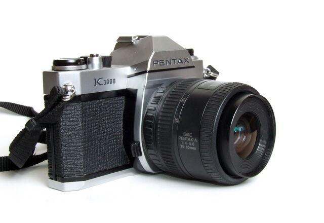 File:Pentax K1000 03.jpg
