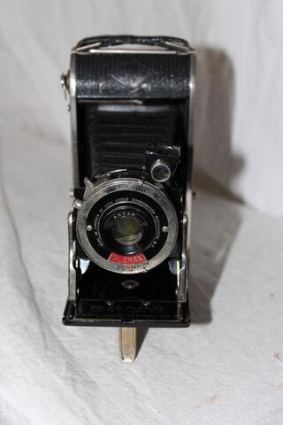 File:Cameras 013.JPG