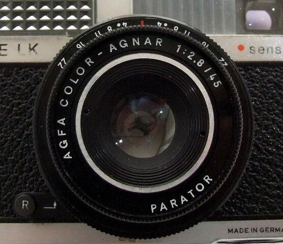 File:Parator on Agfa Silette LK Sensor .jpg