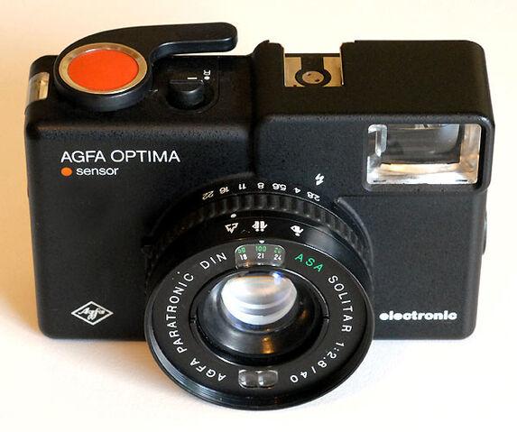 File:Agfa-optima-sensor-electronic.jpg