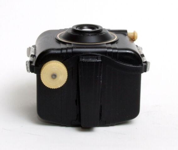File:Kodak Baby Brownie Special 04.jpg