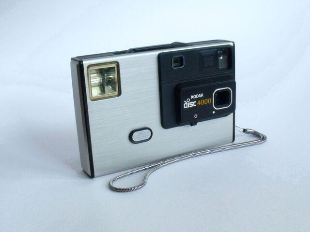 File:Kodak Disc 4000 Camera.jpg