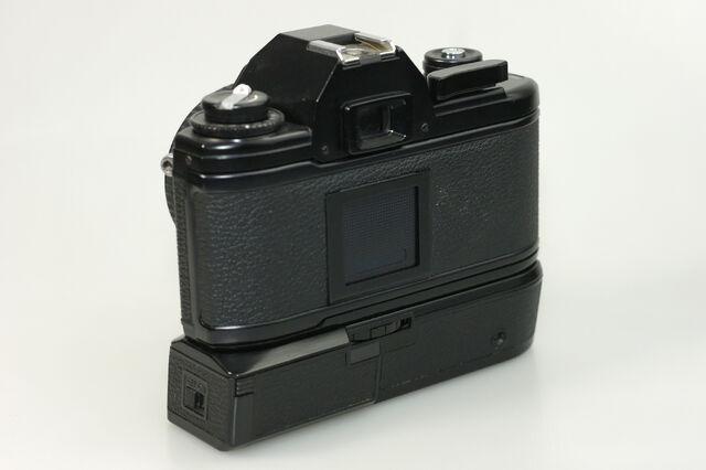 File:Nikon EM 03 DxO.jpg
