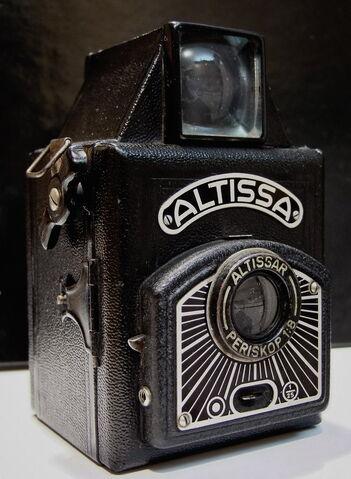 File:Altissa Box D.jpg