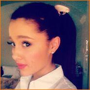 Ariana19
