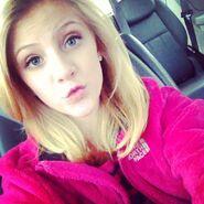 Paige hyland instagram aC5TEl2J.sized
